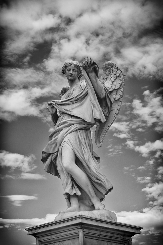 Angel with the Sudarium by Cosimo Fancelli | Ponte Sant Angelo | Rome | Italy