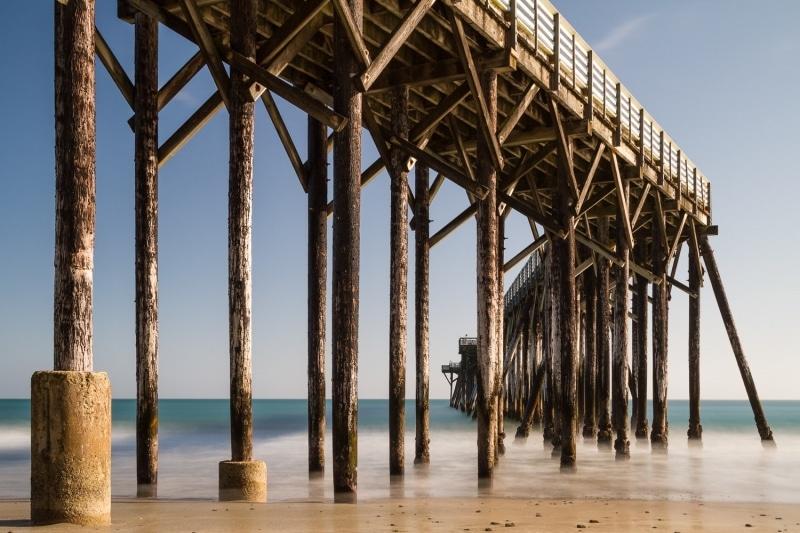 Deceptive Swell | William Randolph Hearst Memorial Beach Pier | San Simeon | California
