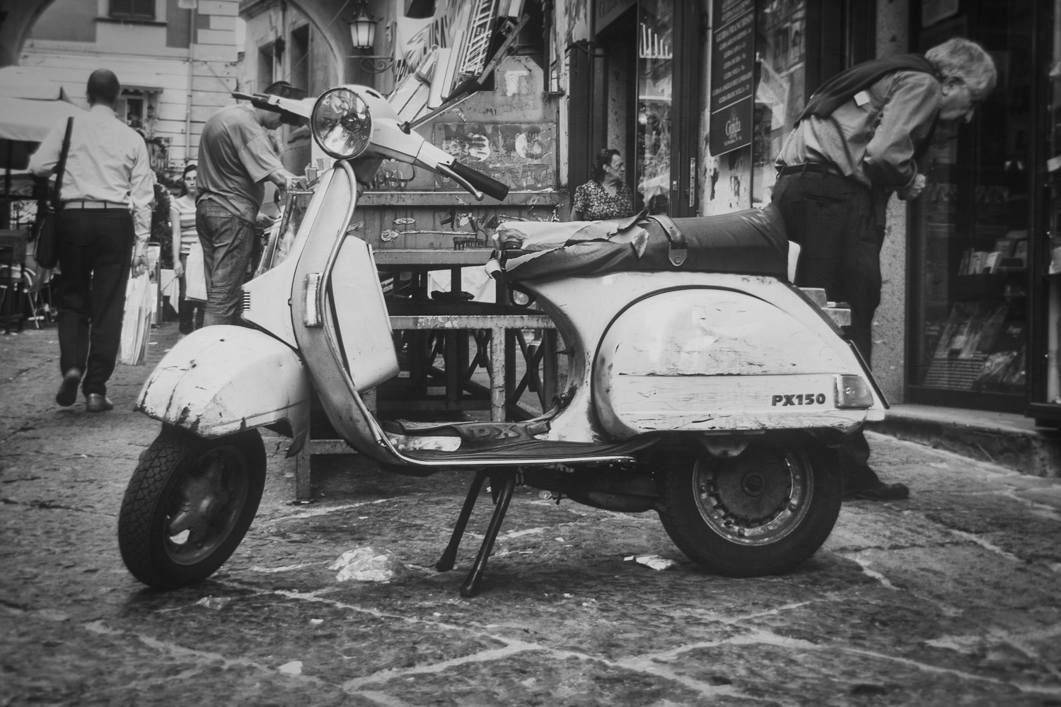 Well Worn Vespa on the Streets of Napoli | Naples | Italy