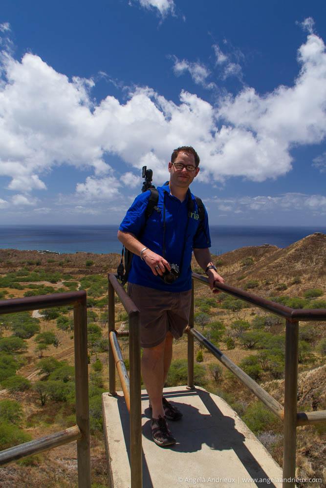 Les at the peak of Diamond Head | Oahu |Hawaii