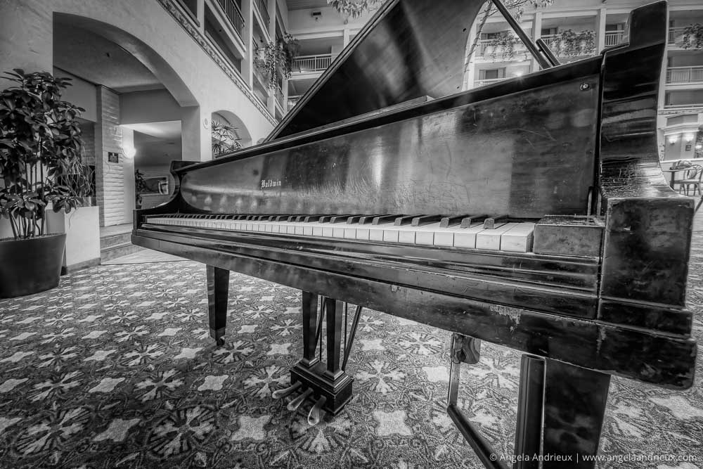 Well Played | A vintage Baldwin grand piano | wide angle HDR