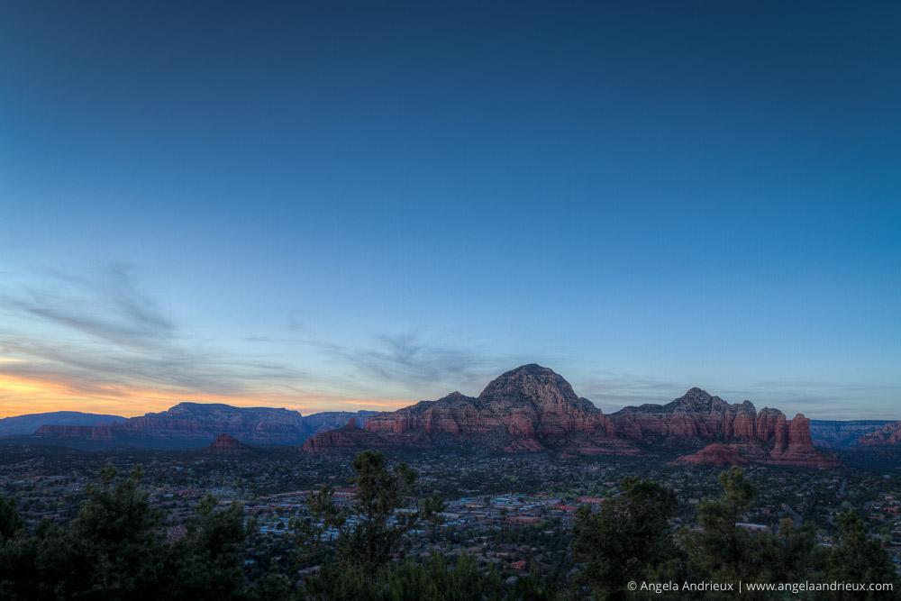 sedona_arizona_blue_sunset