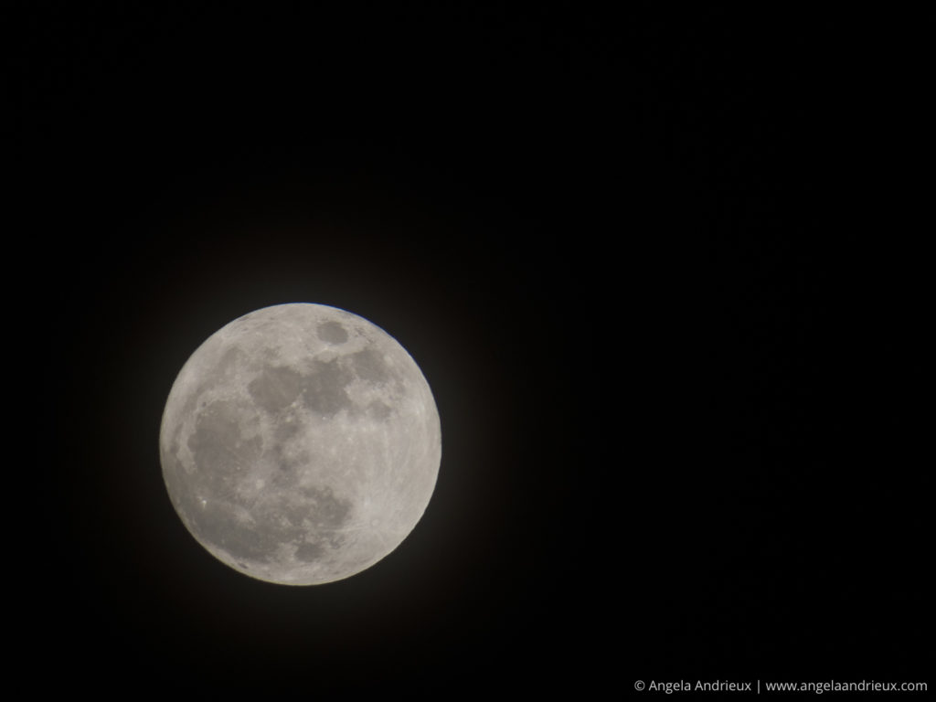 Full Moon captured with the Canon SX50 HS Superzoom