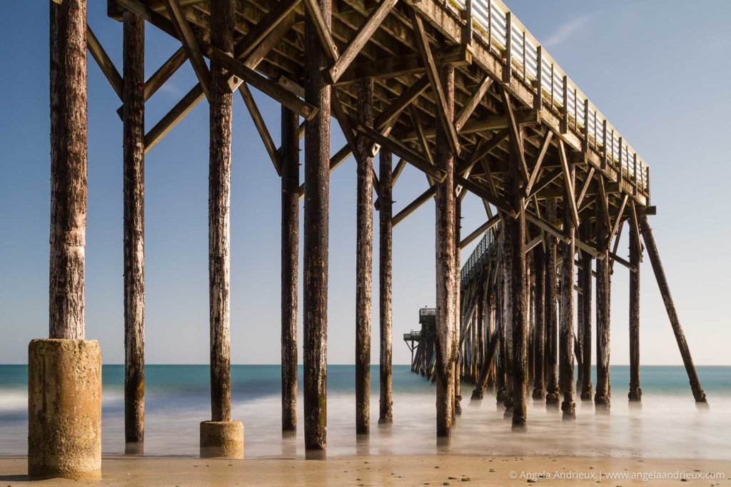 Daytime long exposure of the pier at william randolph hearst memorial beach in san simeon, ca