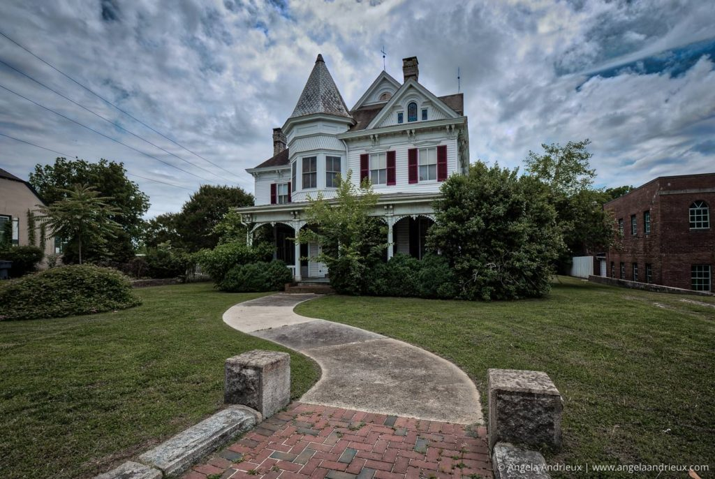 Historic Victorian Mansion in Smithfield, Virginia
