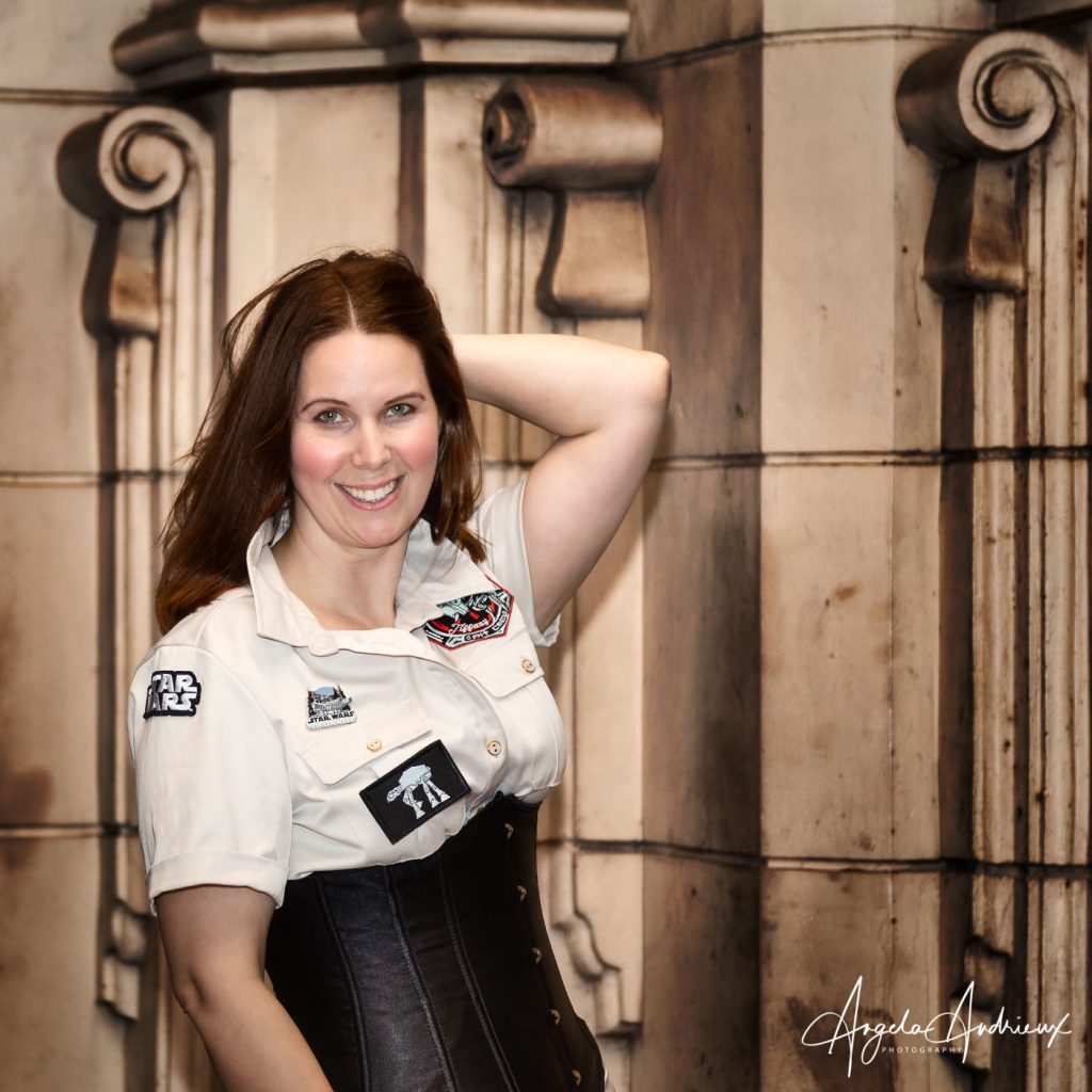 Star Wars Flight Attendant @bexandredcosplay