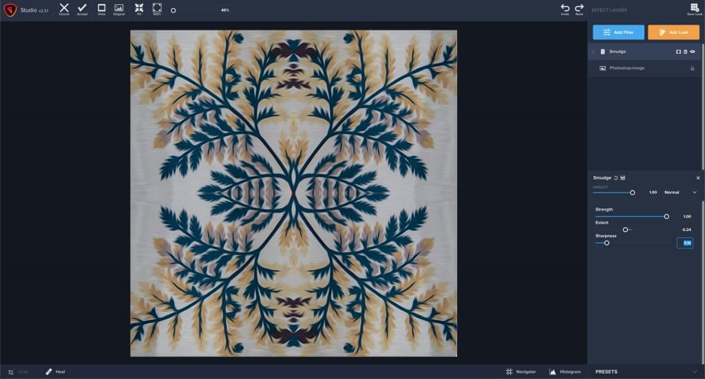 Stylizing a photo mandala with the smudge tool in Topaz Studio 2